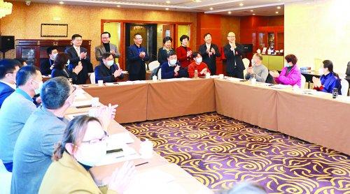 惠山區領導看望代表委員